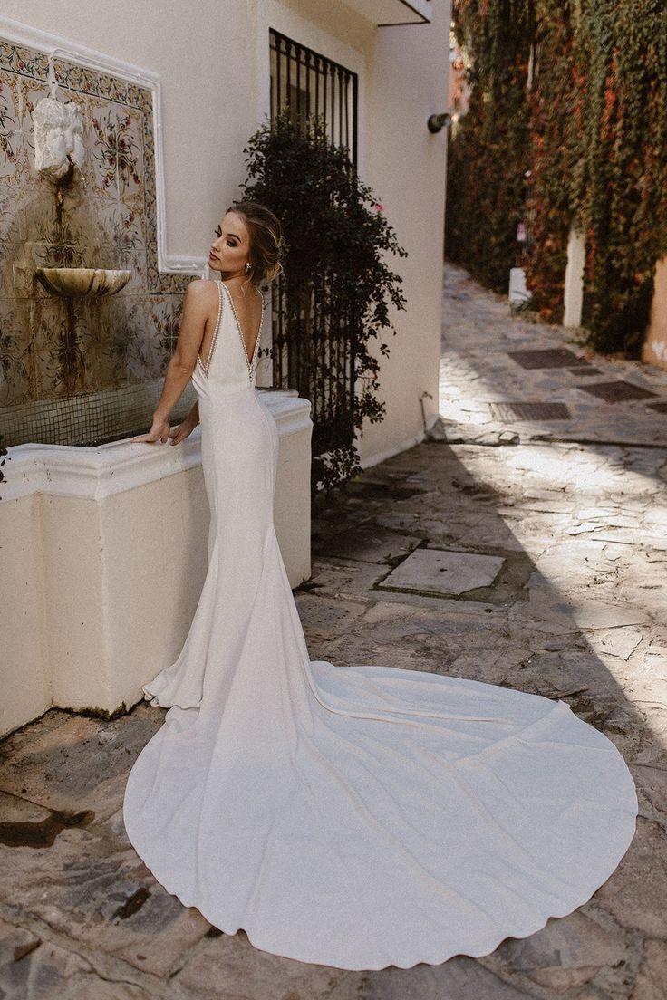 Most Elegant Wedding Gowns | Lixnet AG