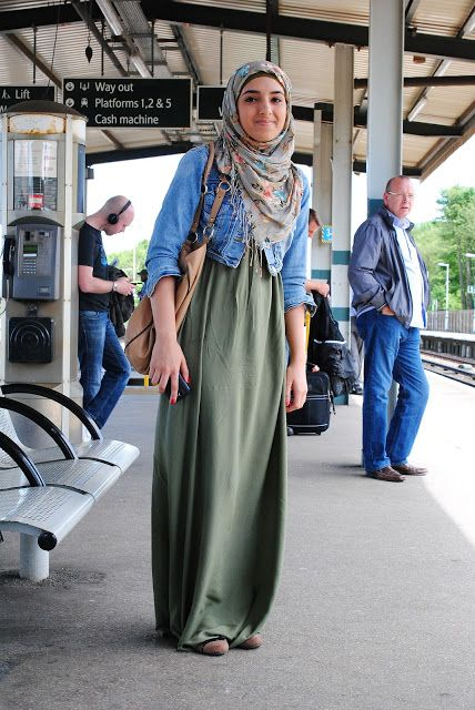 The Trolley Dolly hijabi outfit