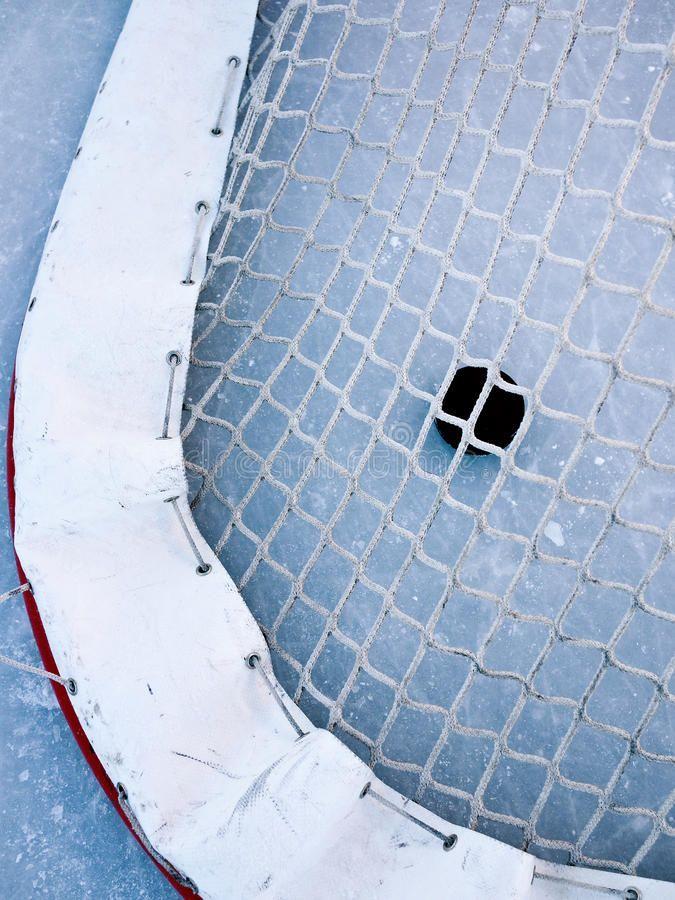 Hockey Pictures In 2020 Hockey Goal Hockey Nets Hockey Outfits