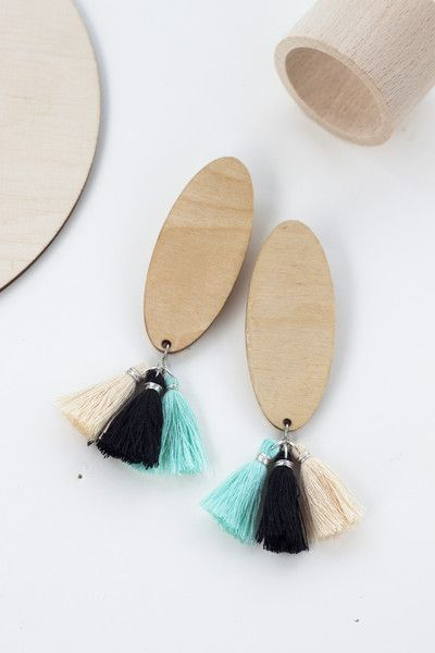 Kolczyki drewniane z chwostami - mojamoskwa - Kolczyki drewniane