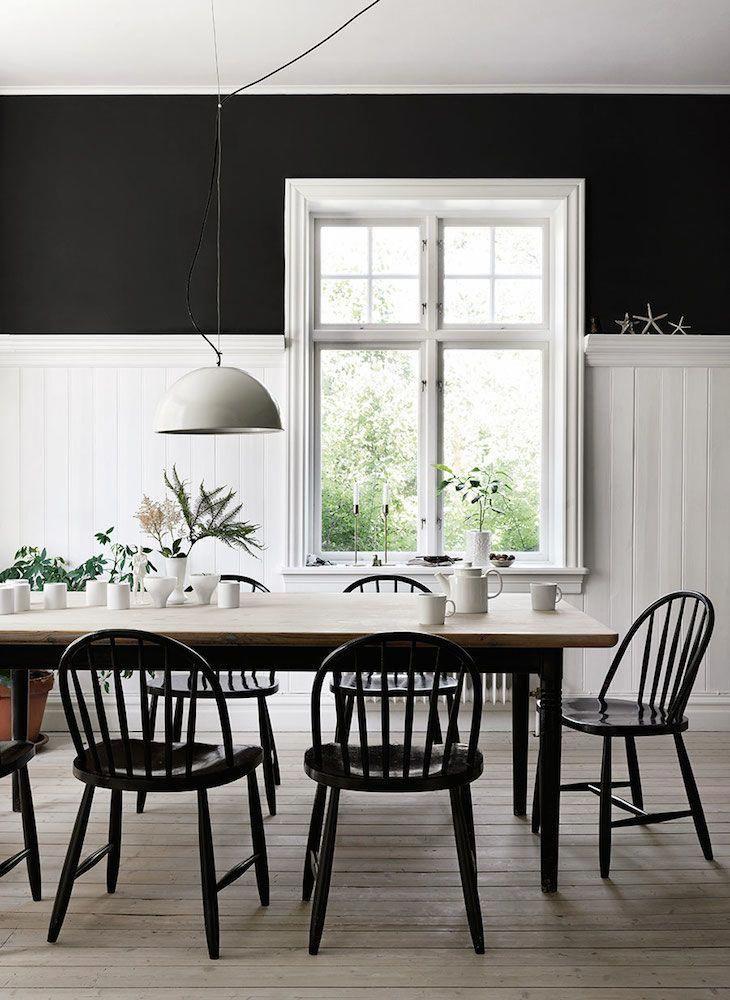 Dark walls farmhouse dining room #Diningroomdecorating Dining room
