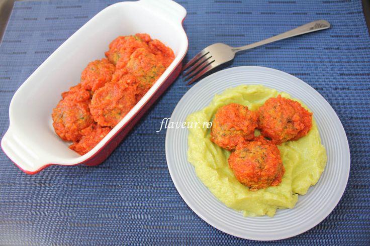 Chiftelute de vita cu sos de rosii si piure de dovlecel - Flaveur