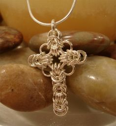 Celtic Cross in chain maille (I need this, like, today)