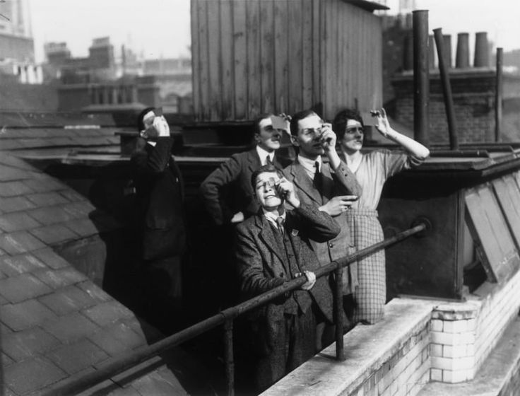 Un secolo di eclissi: le immagini d'epoca del 'sole nero'
