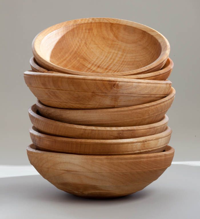 Robin's aim now is simply to make the very best wooden bowls and plates that bring a little quiet beauty into everyday life. Description from madenorth.co.uk. I searched for this on bing.com/images