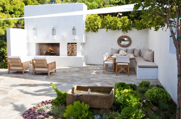 stucco and stone fire pit