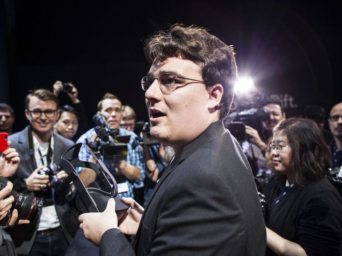 Oculus founder Palmer Luckey's role in Clinton smear group remains murky - CNET