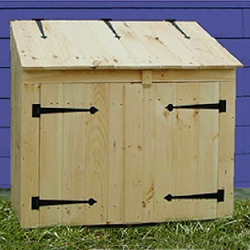 Cedar Outdoor Garbage Can Storage Bins And Enclosures   The Top Opens, And  There Are Two Doors In Front That Open. Itu0027s Also Possible To Put A Shelf  In ...