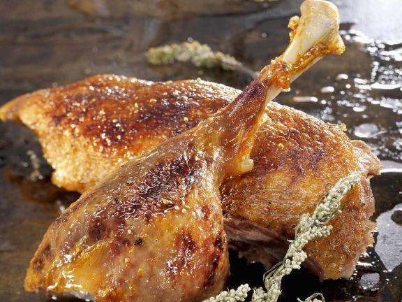 Gänsebrust und Gänsekeule ist ein Rezept mit frischen Zutaten aus der Kategorie Gans. Probieren Sie dieses und weitere Rezepte von EAT SMARTER!