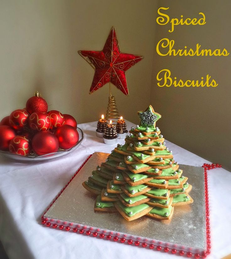 Blue Kitchen Bakes: Spiced Christmas Biscuits