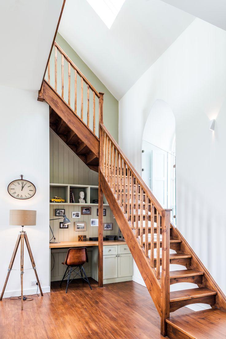 Jurnal de design interior: Biserică transformată într-o casă modernă