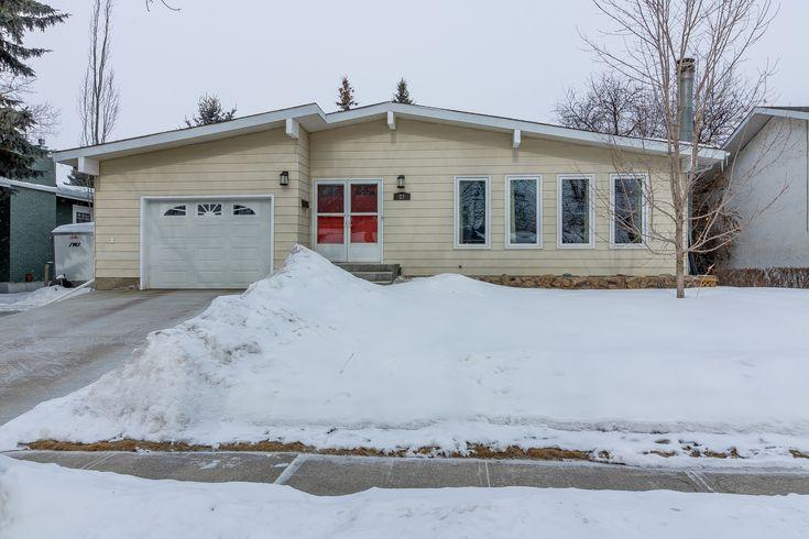 Call The Matthew Barry & Erin Willman Real Estate Group at 780-418-4922 or visit http://www.matthewanderin.ca/listings/mls/E4103792/st-albert/grandin/27-goodridge-drive to view this 3 bed, 3 bath single family home in Grandin!