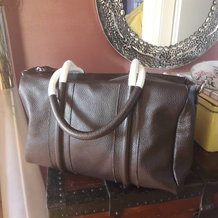 #bauletto #gianfrancofai #madeinitaly #brown #rope #fashion #bag #milano🇮🇹