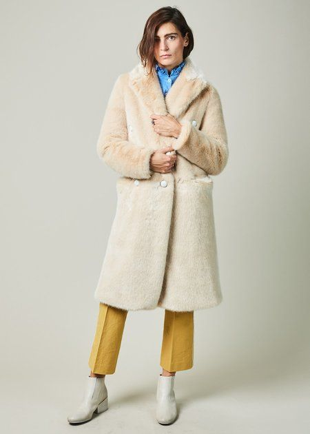 fc0760f6d The Gigi Begogna Double Breasted Coat | Winter Digs 2017/18 | Double ...