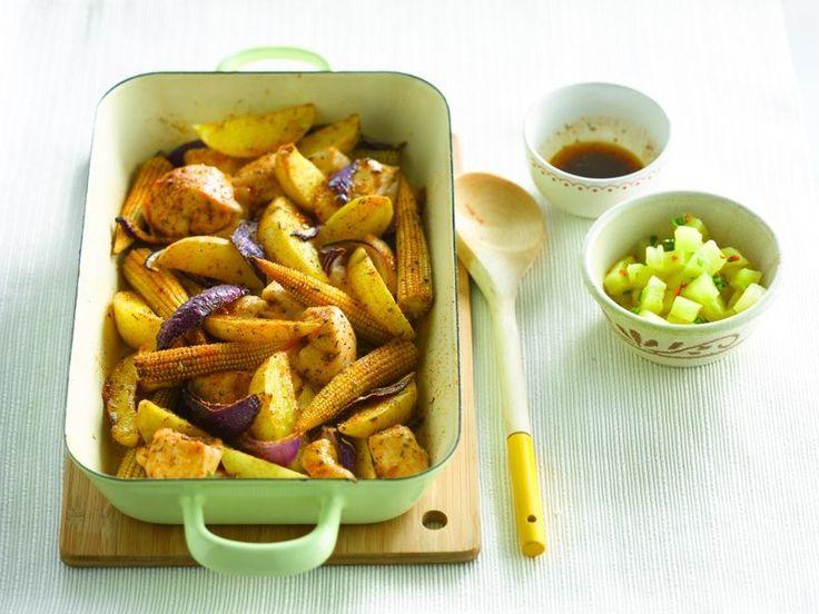 Een overheerlijke gebakken cajunaardappelen met kip en ananassalsa, die maak je met dit recept. Smakelijk!