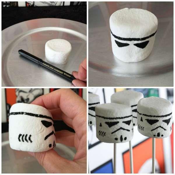 Marshmallows soldats clones avec un feutre alimentaire