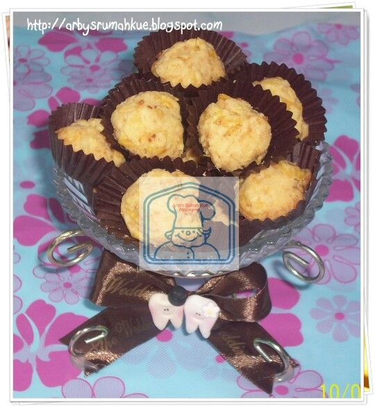 Cornflakes cheese cookies