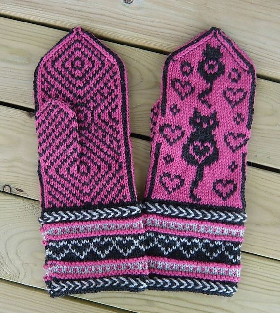 "Ravelry: Cat Mittens ""Colorcat"" pattern by Connie H Design"