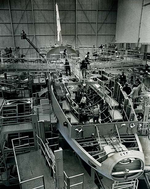 space shuttles were built where - photo #21
