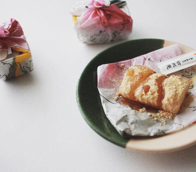 福岡銘菓筑紫もちって知ってるもちもち食感がたまらないひと口おやつ