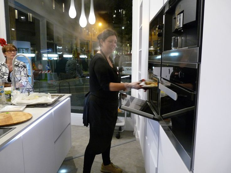 16 best images about inaugurazione showroom life cucine milano on pinterest chefs showroom - Life cucine milano ...