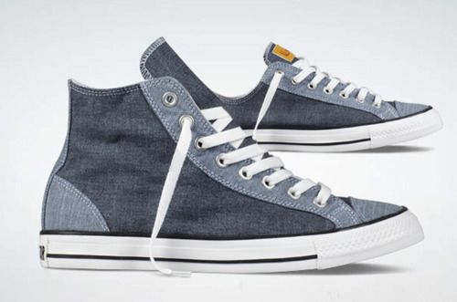 Chambray Pack Chuck's? Don't mind if I do. For the fellas, but the ladies can rock these too.