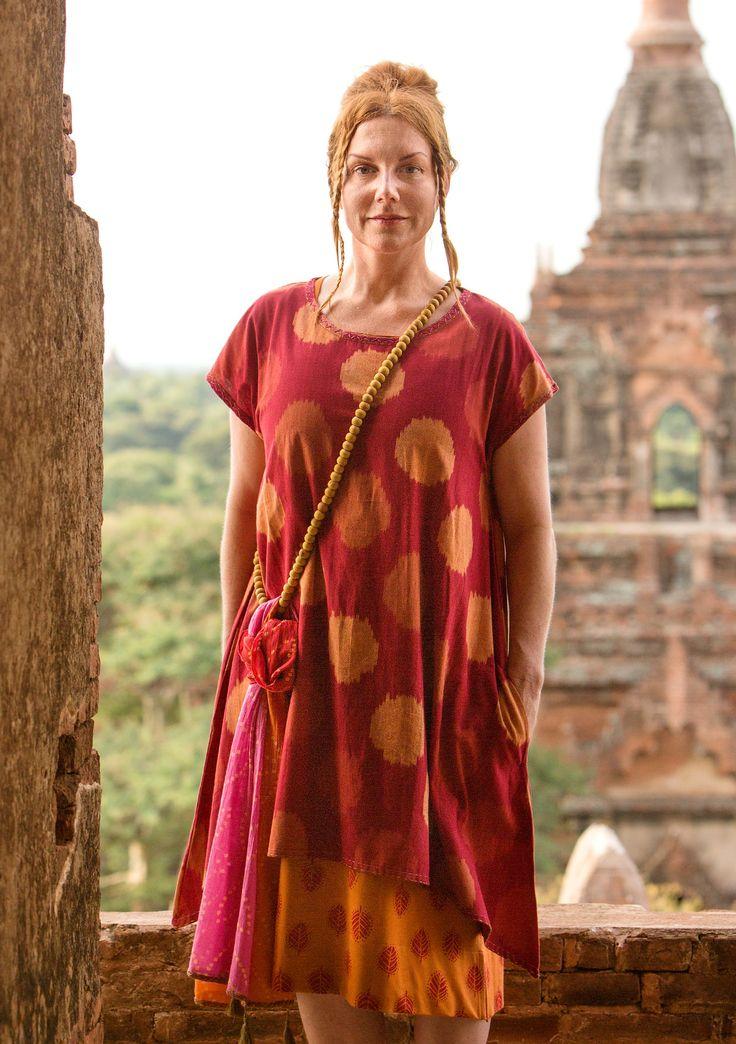 Klänning Zenith i bomull – Colours of Burma – GUDRUN