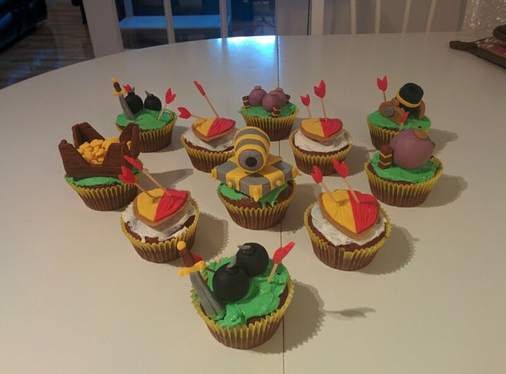 Clash of clans cupcakes :)