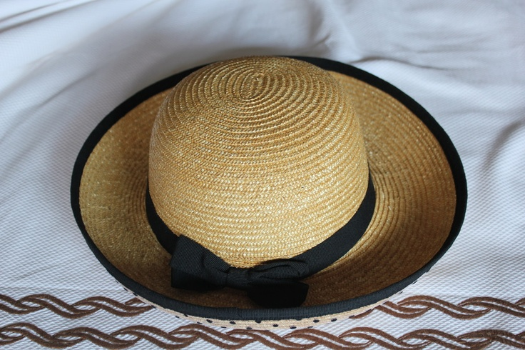 Smart summer raffia hat (70s)