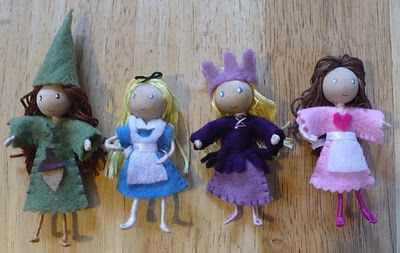 How to make Bendy Dolls.  I like to use wool roving to wrap the dolls rather than embroidery floss - mostly because it goes quicker.  But either works.