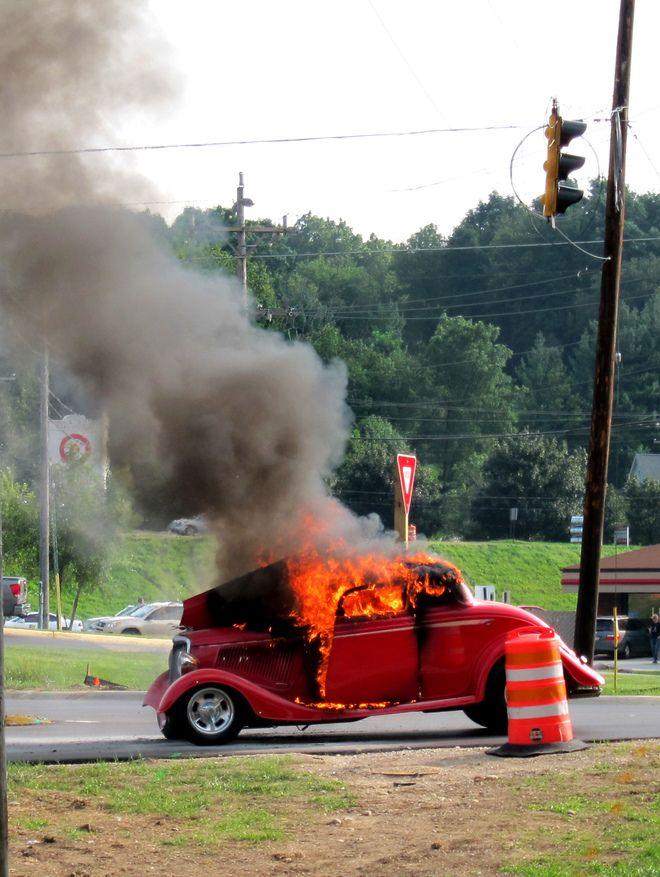 Old Hot Rods | street rod burns to the ground ..... - NastyZ28.com