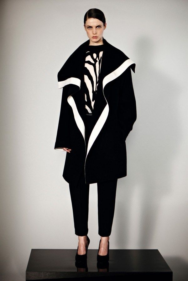 Gowns-in-Monochrome-Graphics-Spring-Summer-2014-3 #laurelconnie