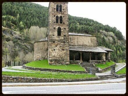 Església Romànica a Canillo Andorra