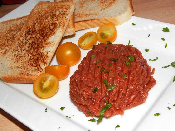 Tatár beefsteak (tatárbifsztek) recept: Szerintem a tatár beefsteak…