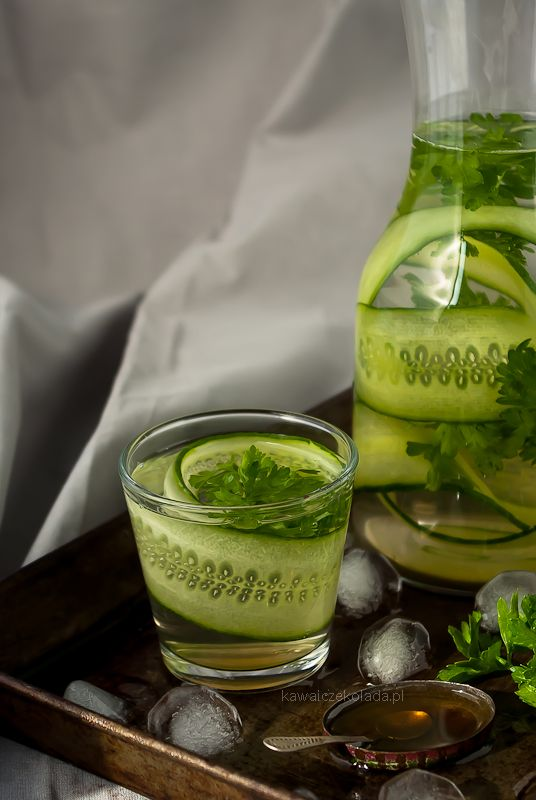 Lemoniada ogórkowo-pietruszkowa