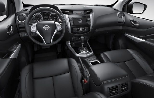 2016 Nissan Frontier interior