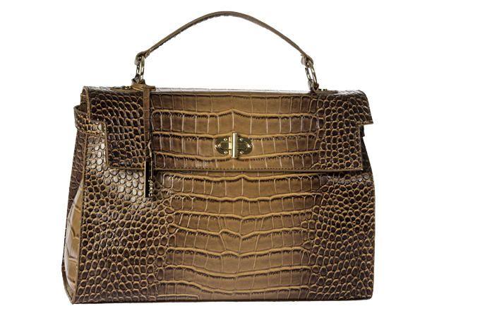 Di giorno la borsa dev'essere it! Pelle vera o finta, effetto cocco o struzzo, purché sia un pezzo da 90.  Caleidos (€ 69,90)