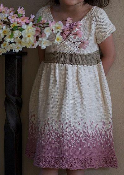 Fuente: http://www.knittedbliss.com/2012/08/modification-monday-yoshino.html