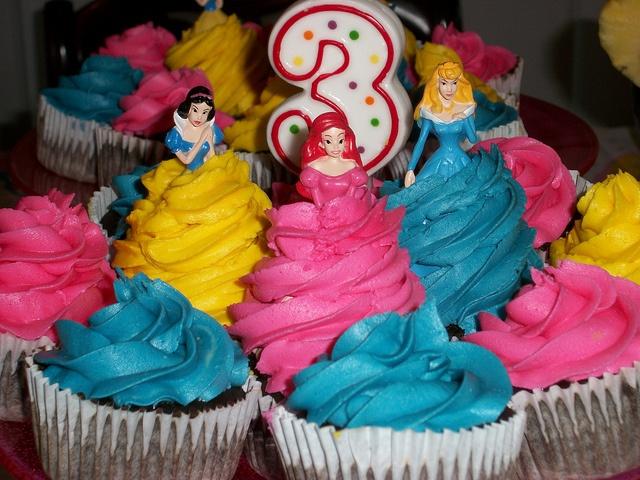 #princess #birthday #cupcakes