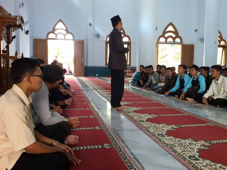 kunjungan ke gontor 3 kursus bahasa arab AL AZHAR PARE KEDIRI 085749161231