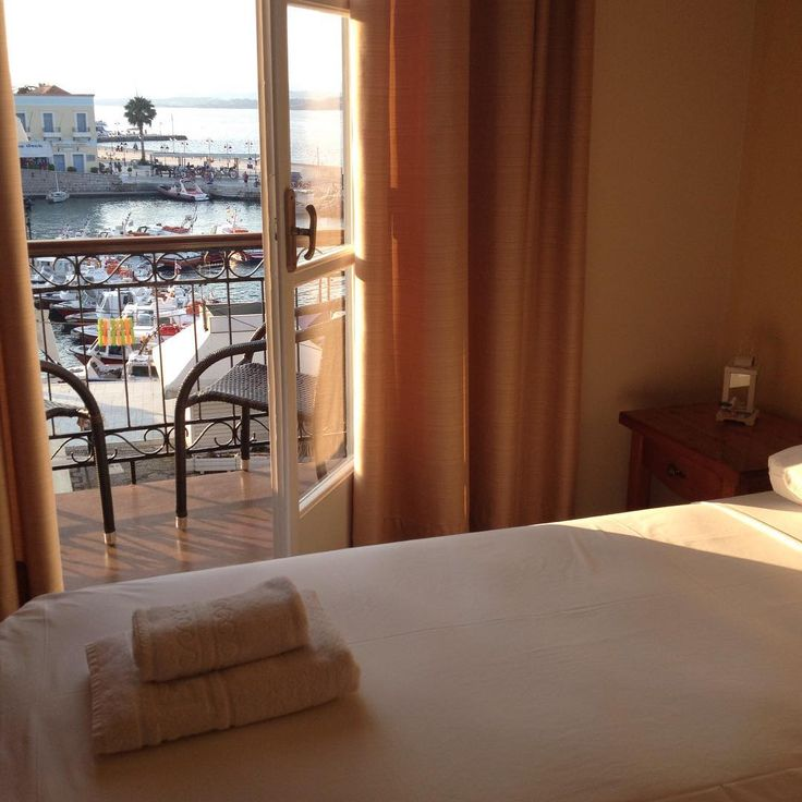Sea View Guestrooms - Alexandris Hotel in Spetses Island
