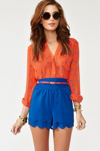 Two colors that always look great paired together: Colbalt and Orange!