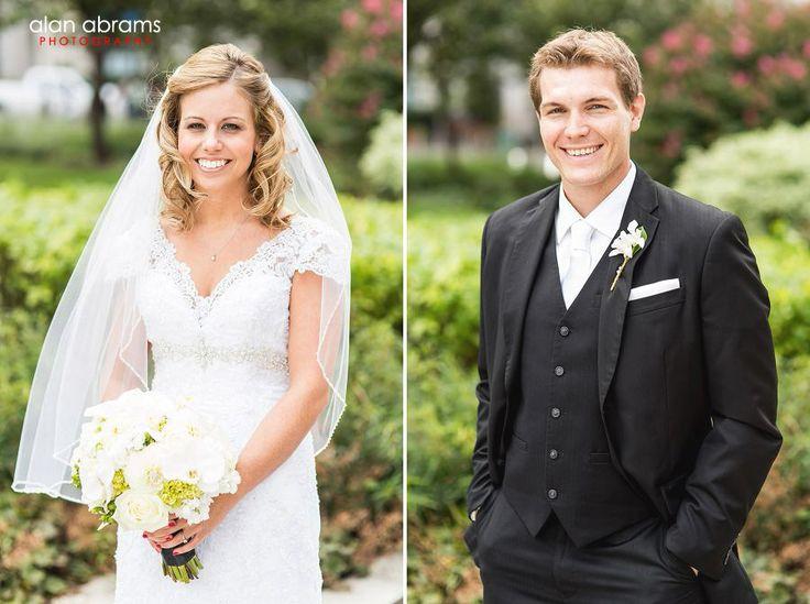 long island wedding photojournalist - Courtyard Marriott Hotel, Philadelphia, Robertson's Flowers & Events, Alan Abrams Photography #bouquet #boutonniere