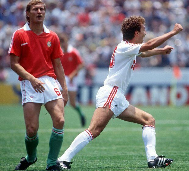 USSR 6 Hungary 0 in 1986 in Irapuato. Sergei Aleinikov runs off after making it 2-0 on 20 minutes in Group C at the World Cup Finals.