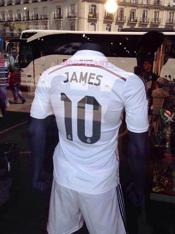 james Rodriguez Real Madrid shirt in madrid