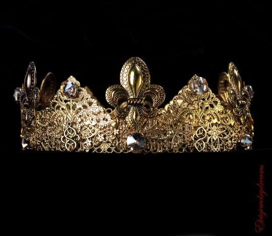 Gold male crown, king crown renaissance crown game of throne costume Mens crown #Handmade #HatsHeadwear