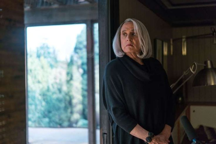 """OUTSTANDING LEAD ACTOR IN A COMEDY SERIES:   Jeffrey Tambor, """"Transparent,"""" Amazon"""