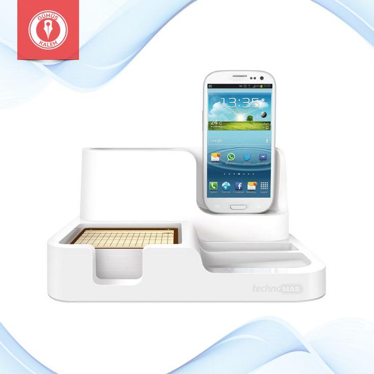 Mıknatıslı ataşlığı ve telefonunuza uygun üretilmiş not bloğu bulunan Galaxy şarjlı Mas beyaz masaüstü organizer, kullanışlı tasarımıyla PC bağlantısı da sağlar >>> https://goo.gl/wLX4j2