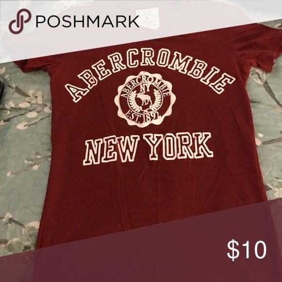 Tshirt Abercrombie and Fitch size XS Maroon tshirt Abercrombie and Fitch size XS Abercrombie & Fitch Tops Tees - Short Sleeve