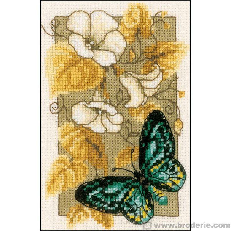 Ricamo punto croce farfalle e fiori vervaco for Schemi punto croce fiori e farfalle
